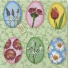 Œufs décorés avec des fleurs